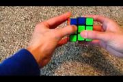 Solve the cube in less than one minute learning only 4 algorithms...