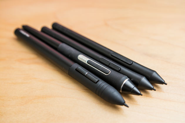 A closeup of the different pens that come with our four drawing tablet picks.