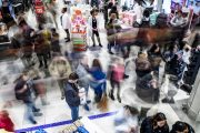 Black Friday deals net $640M in sales so far, mobile 60% of all t...
