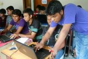Free Computer Training Center For Poor Student...