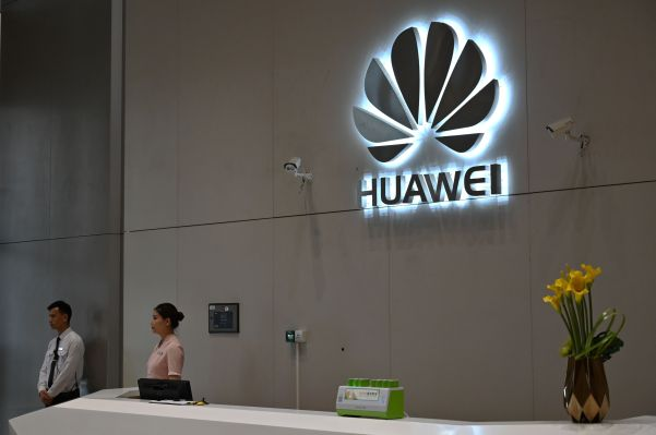 Huawei bars staff from having technical meetings with US contacts...