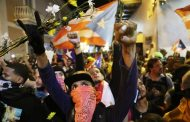 Inspiring Protests in Puerto Rico Show It's Still Possible to Hol...