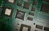 Here's why Intel's stock just dropped 10% after reporting earning...