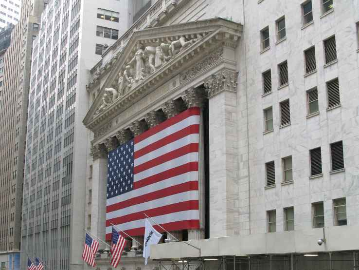 Cloudera finishes up 20% in stock market debut...