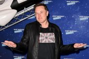 Oh No, Elon Musk Is Going to Host <em>Saturday Night Live&l...